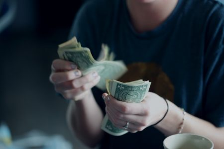 En Uygun Dolar Nasıl Alınır?